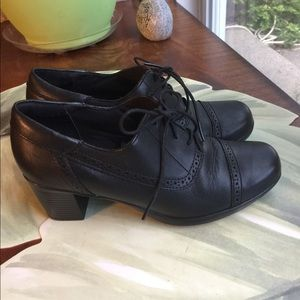 CLARKS BLACK LACE UPS LEATHER SHOES SIZE 7M